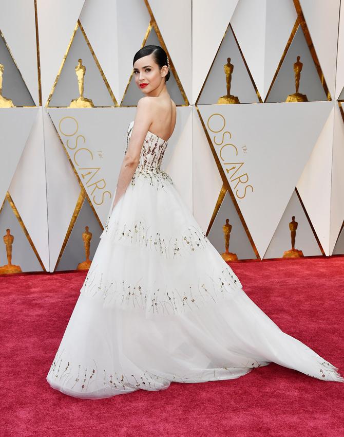 Inspírate en los Oscar 2017 para elegir tu vestido de novia