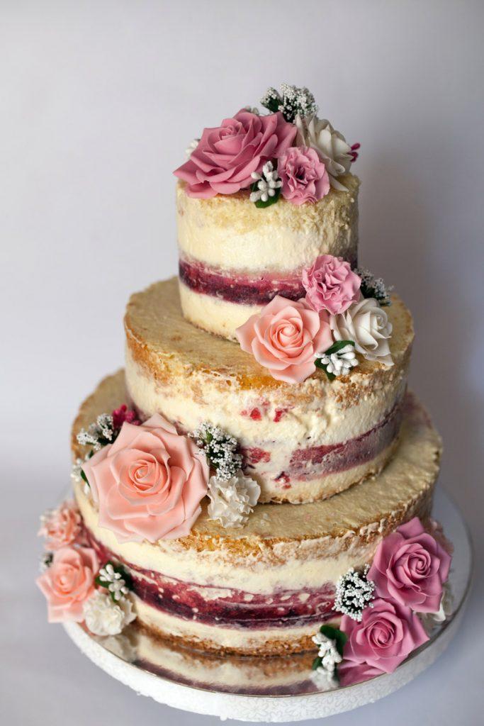 Naked cake par tu boda con flores