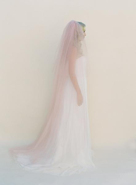 Velo de novia con color