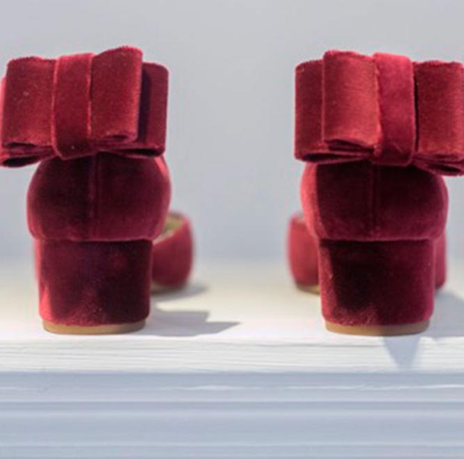Zapatos planos o con poco tacón perfectos para tu boda